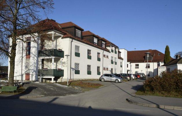 LEGGES NED: Når ble det politisk vedtatt å legge ned Hønefoss sykehjem, spør Brit H. Walbækken Bøhler i dette innlegget. Arkivfoto