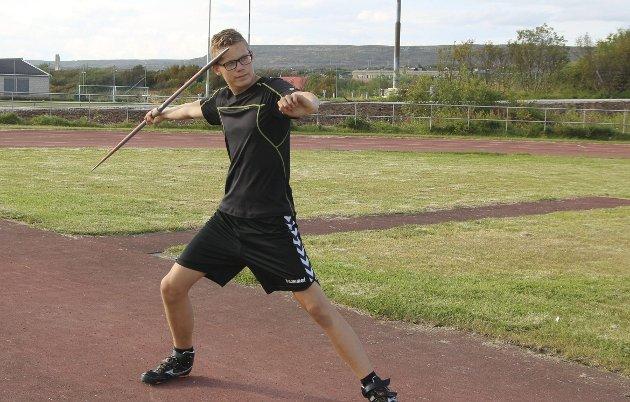 JUSTERING: Jonas Busk Krøvel Velle hadde ikke helt dagen, men treneren mener at det kun skal noen justeringer til så er han klar.