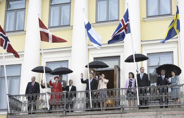 I juni var blant andre Norges konge og dronning på statsbesøk i Finland for å markere landets 100 år med selvstendighet.