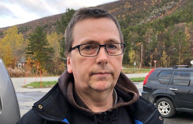 Geir Morten Olsen, Sørstraumen:  – Det er merkelig at dette skal dra så ut i tid. Det er tross alt ikke mer enn drøyt 600 stemmer som skal gjennomgås, kontrolleres og telles. Det er kanskje på tide at valgstyret ber fylkesmannen om hjelp til å ordne opp.