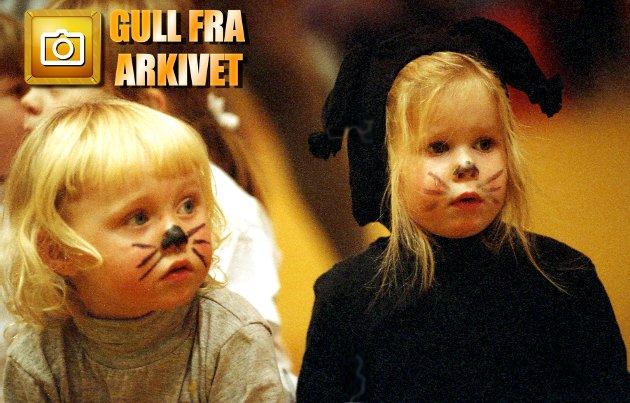 Året er 1994. Stedet er Gyllenborghallen i Tromsø. Anledninga er Tromsø Turnforenings gallaoppvisning. Rundt 200 elleville unger er med. Blant dem tre år gamle Ingrid Laahne Olsen (t.h.).