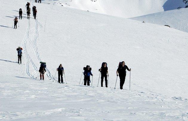 Påsketuren ble ikke like idyllisk for Erling Gjelsvik som for denne gjengen. Spaltisten la ut på tur helt alene, og skildrer dramatiske episoder fra turen. ILLUSTRASJONSFOTO: BERGEN TURLAG