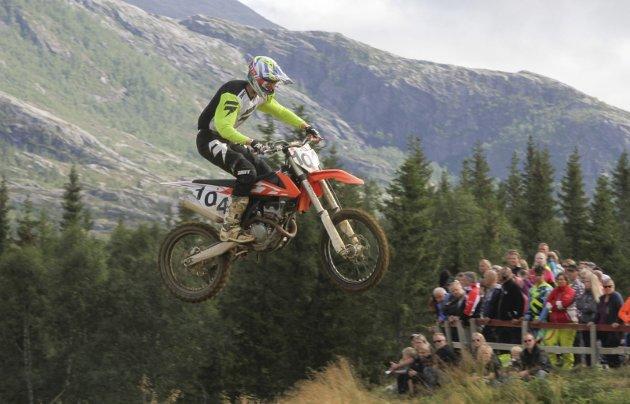Tredje runde i Midt-Norsk Mesterskap i  motocross på Herringen motorsportbane lørdag. Markus Ånonli, Hemnes MK kjørte sitt første løp denne sesongen. Bilder: Per Vikan