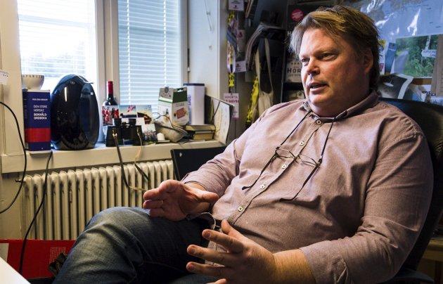 LARVIK PÅ KARTET: Jørn Lier Horst har skapt Larvik om til et eget krimunivers. Nå blir det  film.