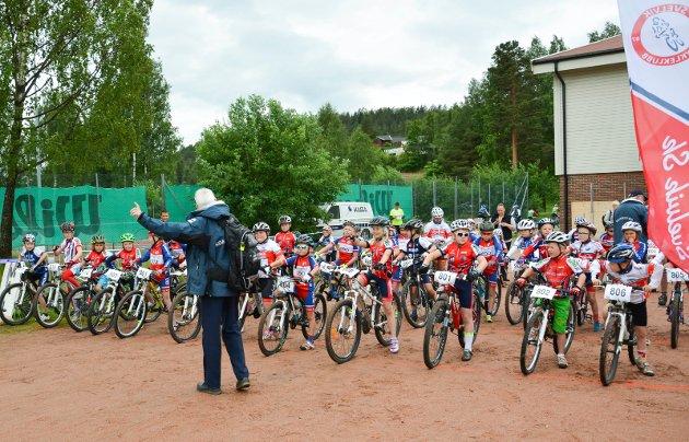 KLARE? Norgesmesterskapet første heat står klare til start med noen av landets sprekeste 8 og 9 åringer.