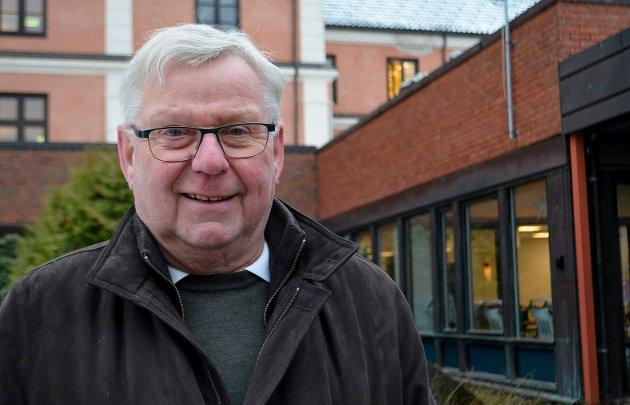 UNDRER: Hvem representerer brukerutvalget, spør tidligere ordfører, Erik Hanstad (H).