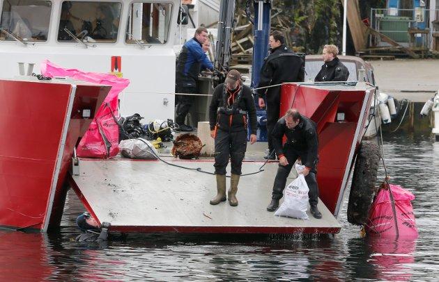 Haugesund 1410 2017 Dykkere fra flere steder i Norge er samlet i Haugesund og klar til opprydding i Smedasundet.