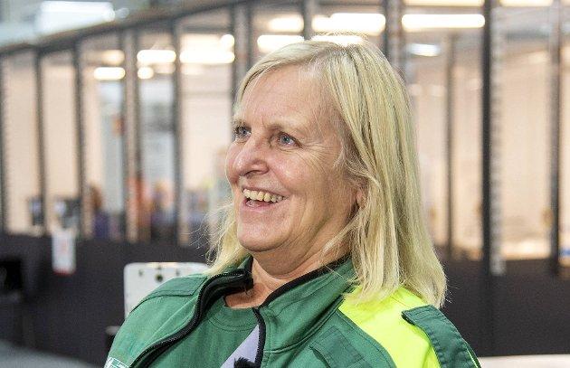 Dagrun Linchausen, leder for Bergen legevakt: – Jeg sa en gang at hvis vi skal teste fem prosent av byens befolkning på en uke, ville det vært like mange som et fullsatt Brann Stadion. – Det var mer uheldig da jeg sa at folk måtte ringe oss, ikke bare møte opp. Da ble det flere timers kø telefonsentralene til legevakten.