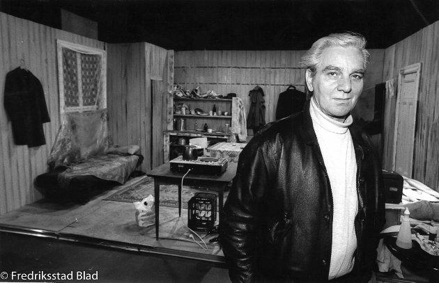 Liland-saken. Dobbeltdrap i Glemmengaten 73 i Fredrikstad: TV-opptak på Kaldbakken om øksemordene i Lille Helvete. Per Liland. Foto: Geir A. Carlsson, 10.01.1993