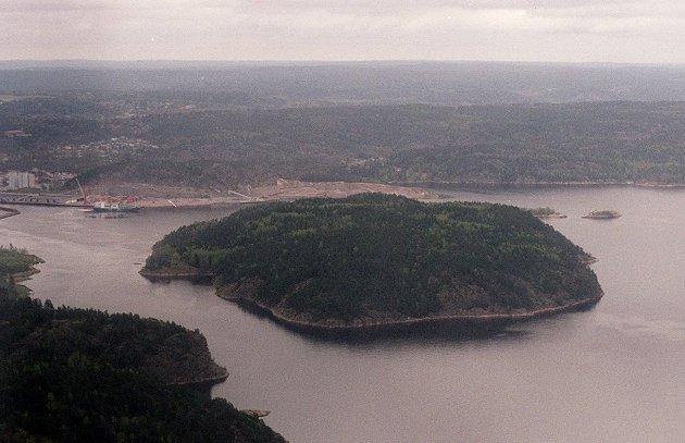 I dette leserinnlegget foreslår Bent Skogli å bygge ut Brattøya.