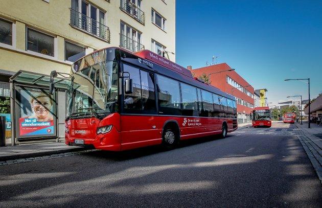 Rødt vil ha et stort antall elektriske minibusser, som muliggjør å ha ruter, inkludert Flex-løsninger, også i gater og på strekninger med få påstigninger.