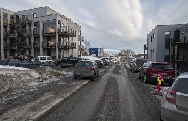 KNAPPHETSGODE: Parkering er blitt et knapphetsgode. Bilbegrensningene gir mange steder bisarre utslag.
