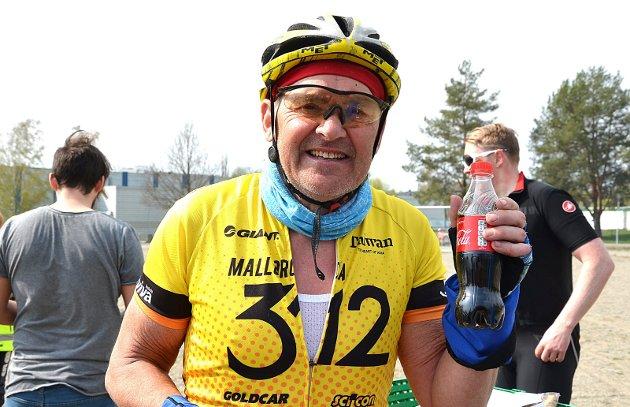 FANTASTISK LØYPE: Det syntes 64 år gamle Arnljot Mehl fra Ås etter målgang i den vel 100 kilometer langt kortløya.