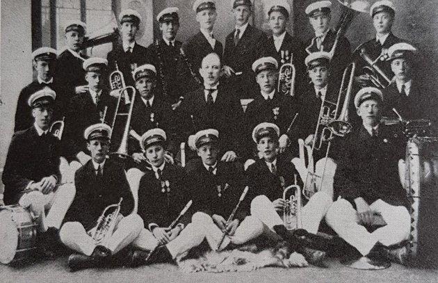 1920: Et år etter at Tønsberg Ungdomsmusikkorps ble dannet.