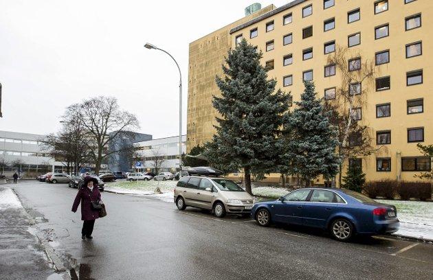 Bekymrede naboer: Styret i Bydelsforeningen Cicignon har skrevet åpent brev til byens politikere om planene for asylmottak i det gamle sykehuset.