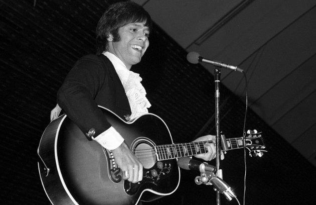 CLIFF: Snart ble det stuerent å spille «The young ones» med Cliff Richard og kompisene hans, minnes Lorentz Moe.