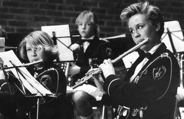 Ekholt skolemusikkorps med konsert i Ekholt kirke, mars 1985.