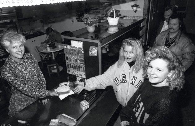 Kantinen på Malakoff videregående skole, 1991.