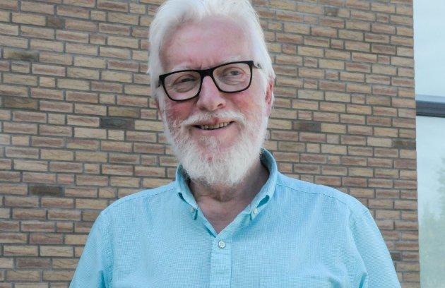 LAVERE FARTSGRENSER: Harald Helleseter vil ha tryggere skoleveier i distriktet.