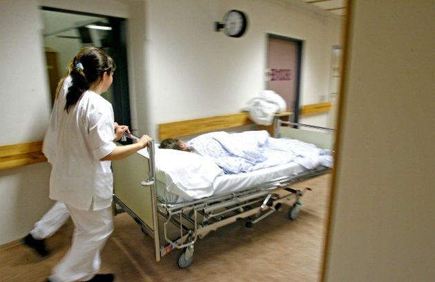 Vaktplaner: I 2016 betalte Nordlandssykehuset tre private konsulenter i flere måneder til en timelønn på 1600 kroner. De skulle lage vaktplaner for de ansatte. Illustrasjonsfoto