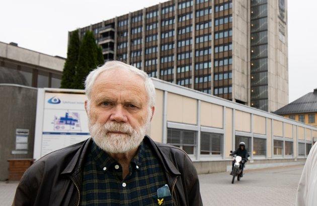 SYKEHUSAKSJONEN: Kanskje to store meget gode akuttsykehus er den beste løsningen. I tillegg til å ha en meget høy medisinsk kvalitet, er Lillehammer sykehus også Innlandets mest komplette sykehus. Det burde være et lett valg å videreutvikle dette sykehuset til et stort akuttsykehus, eller som ett vesentlig akuttsykehus sammen med f.eks. sykehus på Elverum og Gjøvik, skriver Inge Aarhus.