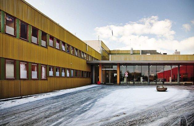 Sykehuset:  Nordlandssykehuset Lofoten på Gravdal.