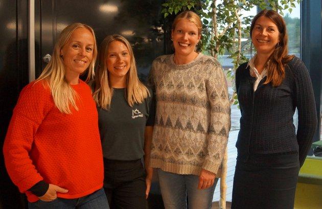 Vågan SVs kvinnegruppe ved (fra venstre) Kristin Blomstrand Koch, Julie Martinussen, Camilla Rostad og Sylwia Bokwa Pedersen