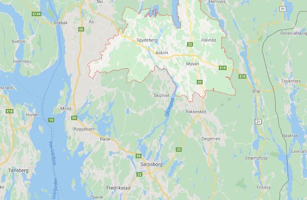 Kartet viser Indre Østfold kommune uthevet. Her skal folk nå leve i noe nær lockdown, etter voldsom og ukontrollerbar økning i antall koronasmittede de siste dagene.