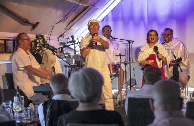 Alle mann på dekk:  Fra venstre: Nissa Nyberget, Lars Klevstrand, Hermund Nygård, Hege Klevås Johannessen og Rino Johannessen.