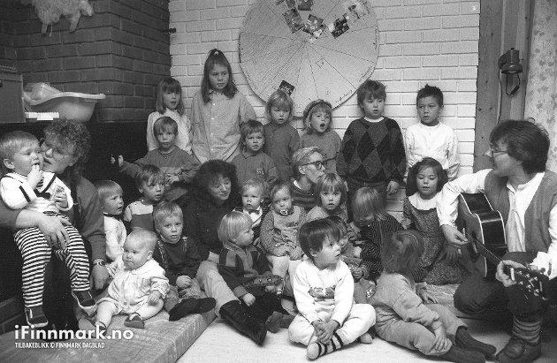 PORSANGERBARNEHAGER: Ajanas barnehage feirer 2 års bursdag. 14.11.1989.