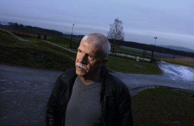 Jan Egil Lyng mener at budsjettet for 2018 ikke vitner om krise, men om at Hole kommune er på vei ut av ROBEK.