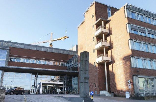 Sykehuset forbereder seg: Det kan komme en ny og større bølge av korona. Foto: Pål Nordby