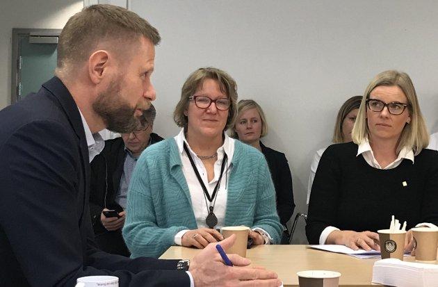 SYKEHUS: Dersom ikke helseministeren avgjør strukturen før sommeren, kan den bli en del av en større diskusjon om sykehus ved et regjeringsskifte.