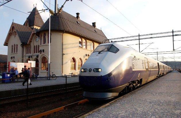 PÅ SAKSKARTET: Halden Frp ser fram til å diskutere hvor jernbanen skal gå gjennom Halden. – Vi håper på et solid politisk vedtak, skriver Per Egil Evensen.