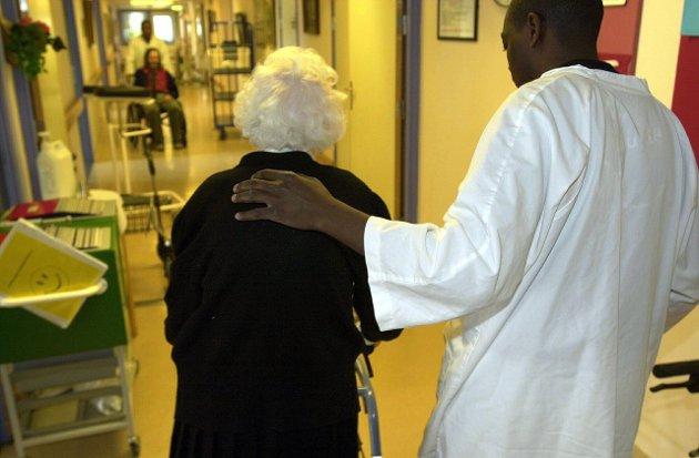 Avslutning: Det gjøres mye godt arbeid med lindrende behandling i livets terminalfaser ved de fleste palliative avdelinger i Norge. Likevel opplever mange en uverdig avslutning på livet. skriver Ole Peder Kjelstadli.Illustrasjonsfoto