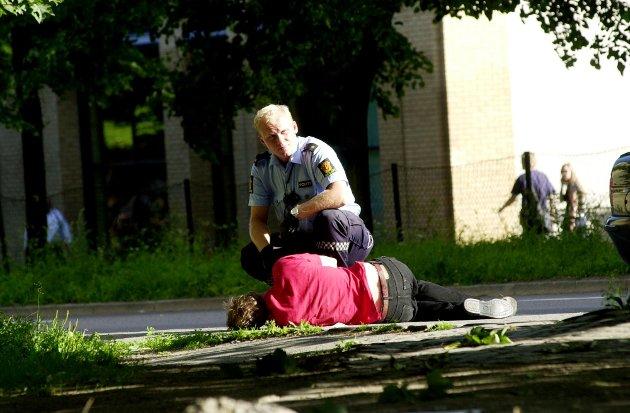 OVERDOSE: Hvert år dør over 260 mennesker av overdoser. Dagens straffepolitikk har ikke fungert, skriver Alexander Johnsen.