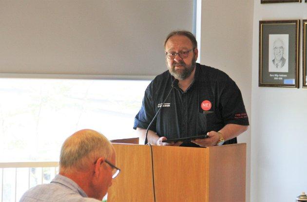 FNB-leiar Morten Klementsen har fått kritikk frå MDG for standpunktet om å melde granskingssaka frå Meland kommune til politiet. I dette innlegget avviser Klementsen kritikken.