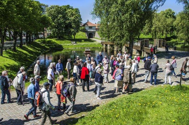 Flere turister? Banksjefen i Danske Bank Fredrikstad spår at valutaendringene etter Storbritannias nei til EU kan gi flere turister til Fredrikstad.arkivfoto: geir a. carlsson