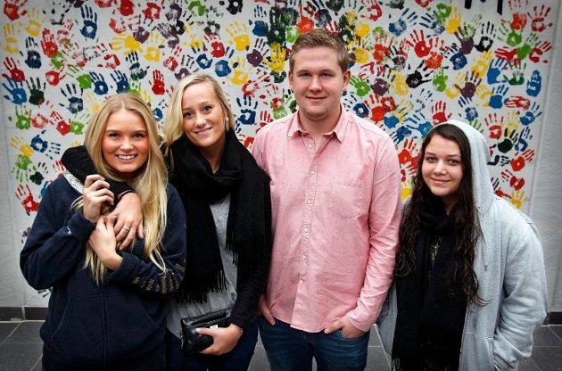 2013: Elever på Malakoff videregående skole. Fra venstre: Ingvild Berger, Sofie Holsten Lindegaard, Simen Eimot og Vilde Gupta.