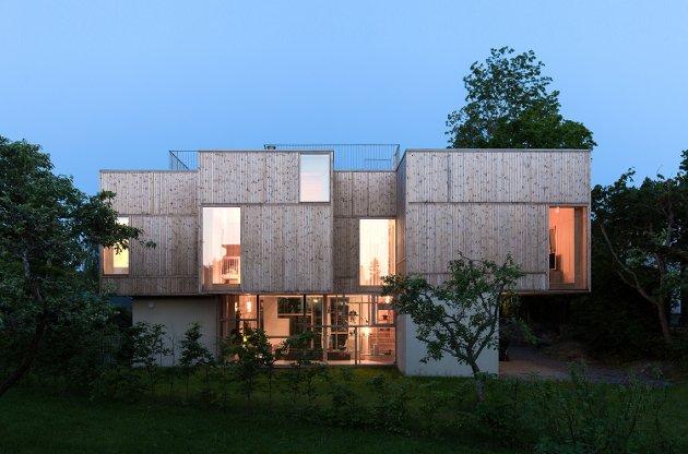 Enebolig Holtet (Foto: Gunnar Sørås) Arkitekt: Atelier Oslo Kategori: bolig