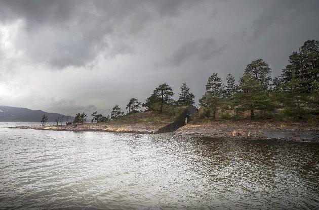 Det planlagte minnestedet på Sørbråten skaper verken refleksjon eller sorgbearbeiding, mener Bernt Stokstad.