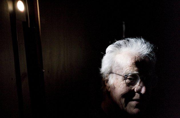Guttorm Guttormsgaard 1938-2019: I 50 år samlet Guttorm Guttormsgaard på kunst og gjenstander fra hele verden. Det fylte han i Gamle Blaker Meieri som han i 1989 kjøpte med eget fryseri og utendørs potetkoker. Nå er det Stiftelsen Guttormsgaards Arkiv som skal forvalte samlingen videre. Foto: Tom Gustavsen