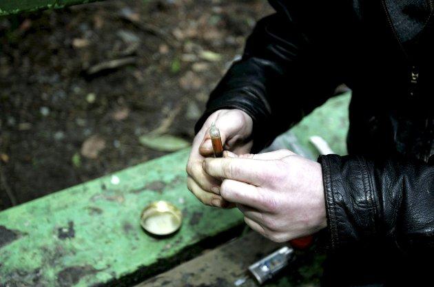 Erling Gjelsvik mener det er risikabelt at narkotikabruk ikke skal straffes, men behandles. ILLUSTRASJONSFOTO: Skjalg Ekeland