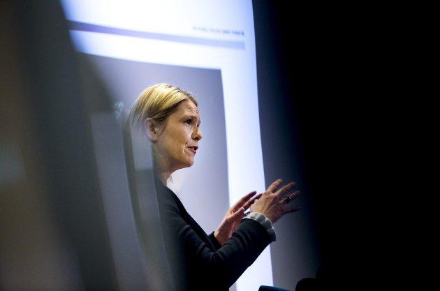 Sylvi Listhaug (Frp) gikk av som justisminister etter et omstridt innlegg på Facebook.