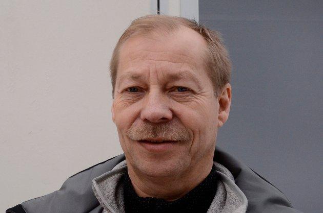 Eirik Bjørn, 55 år, Vikersund: – Jeg håper på lange hopp og et prikkfritt arrangement. Så er det viktig at det ikke blir for kaldt, for da fryser toalettene.