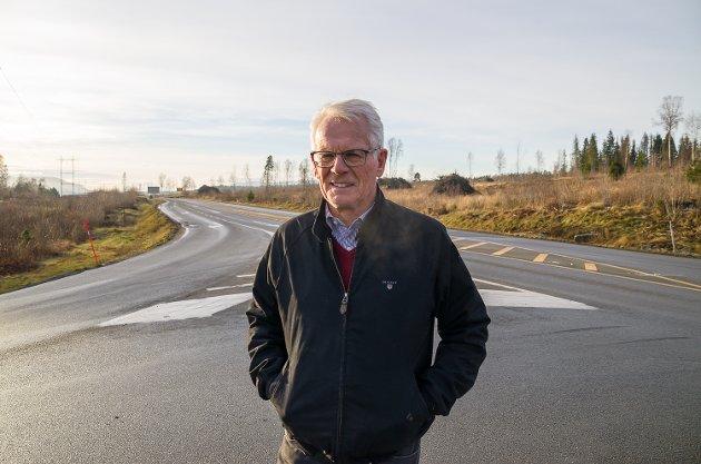 Ole Johan Sandvand. Vikersund nord. Rundkjøring. Kryss. Trafikksikkerhet.