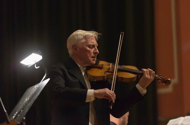 Konsert med Arve Tellefsen Biblioteks Aula