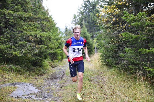 FØRST: Johannes Bjertnæs fra Jevnaker IF var førstemann til topps på Rånåsen.