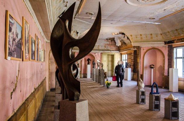Halden kunstforening viste en retrospektiv utstilling av Lise Amundsens arbeider på konservativen under jubileumshelgen.