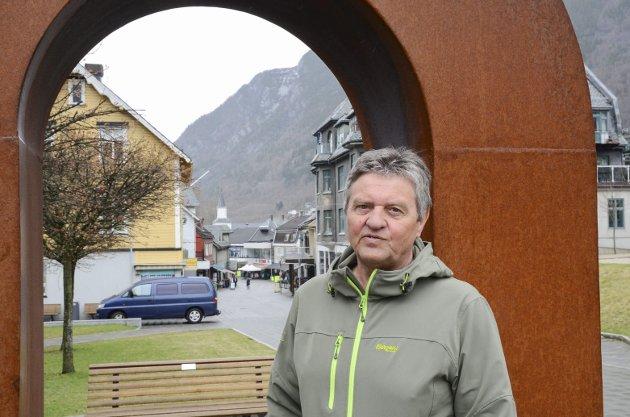 «Vi ser det er mulig. Boliden Odda går foran og blir nå det mest effektive og klimavennlige sink-verket i verden.», skriver Trygve Bolstad, leder i Ullensvang Ap. Arkivfoto: Ernst Olsen